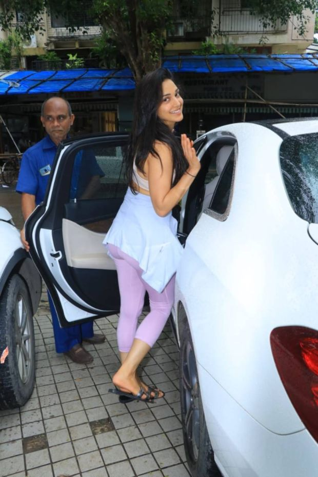 Kiara Advani Looked All Glam After Her Boxing Class