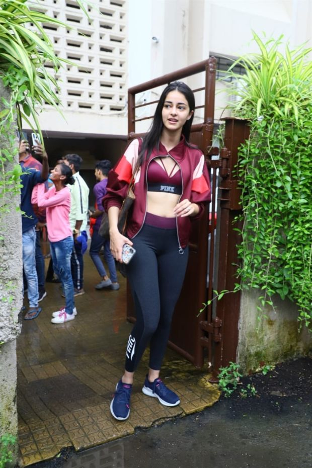 Ananya Pandey And Kartik Aaryan Spotted After Dance Rehearsals
