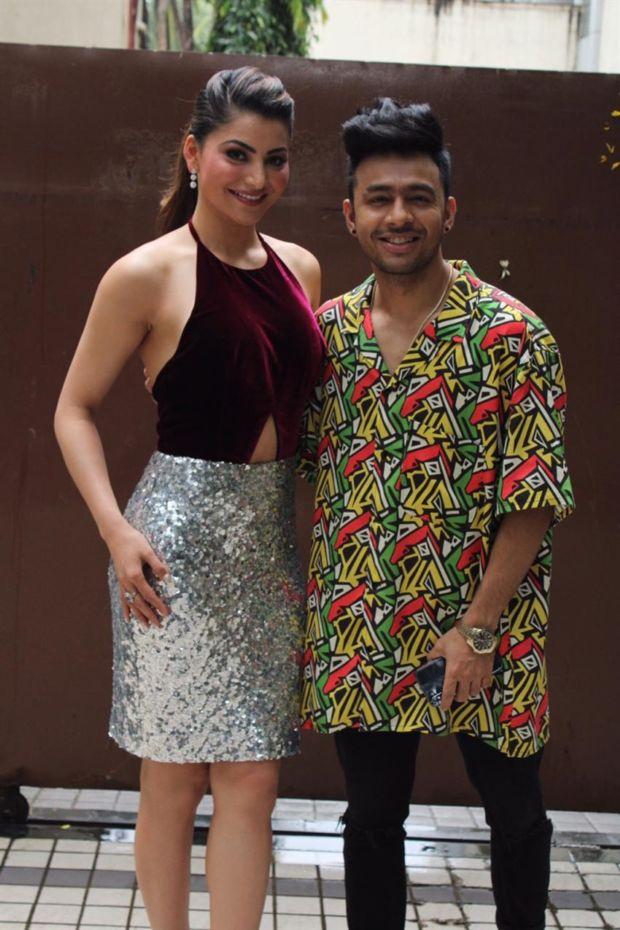 Urvashi Rautela & Tony Kakkar Promoting 'Bijli Ki Taar' Song In Mumbai