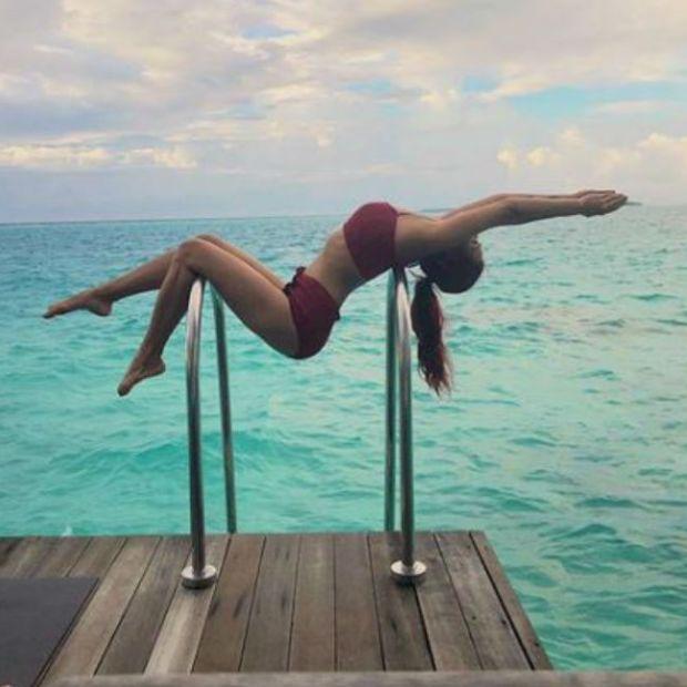 Aashka Goradia's Latest Swimsuit Photos Are Breaking The Internet
