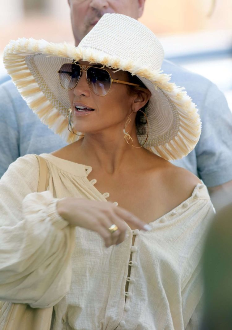 Jennifer Lopez Candids Out In Saint Tropez